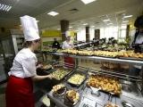 Работникам столовой в правительстве Саратовской области не платили зарплату